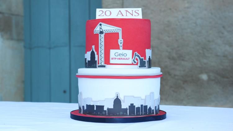 Le gâteau des 20 ans du GEIQ